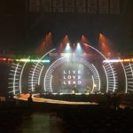 scenic solutions custom conference set for hillsong conference new york city conference