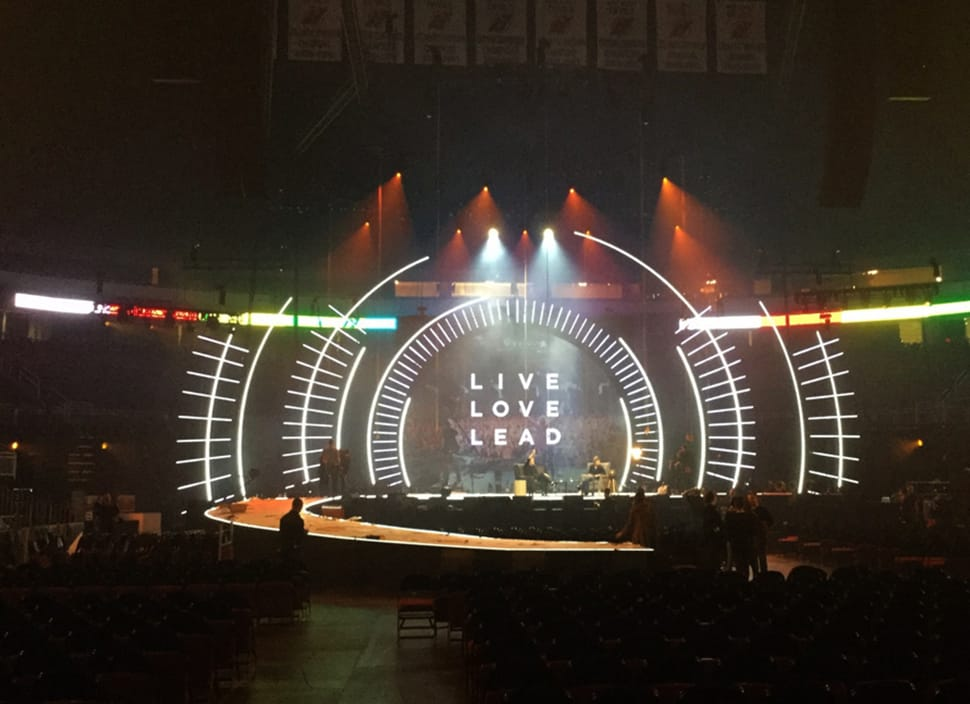 HILLSONG CONFERENCE 2015 | Scenic Solutions